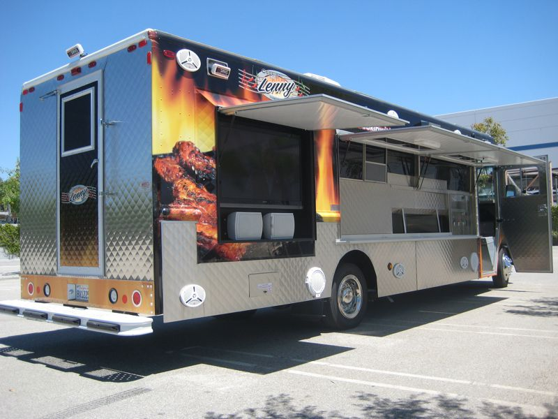 22' Motion Picture Catering Truck Exterior